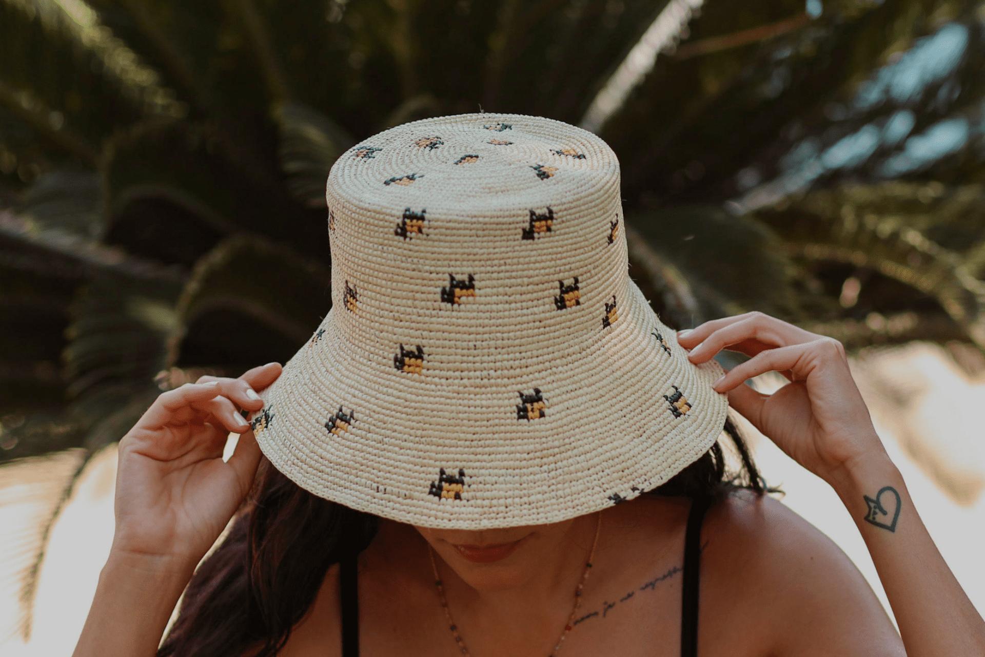 bucket_hat_de_paja_con_animal_print